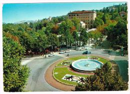 G2861 Salsomaggiore Terme (Parma) - Piazza Del Popolo E Fontana - Auto Cars Voitures / Viaggiata 1968 - Italie