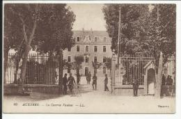 AUXERRE , La Caserne Vauban , CPA ANIMEE , 1918 - Auxerre
