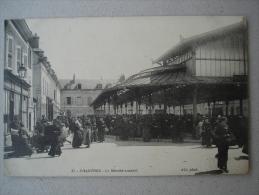 CPA 28 - CHARTRES - LE Marché Couvert (animée) - Chartres
