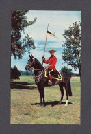 POLICE - ROYAL CANADIAN MOUNTED POLICE - R.C.M.P. - MOUNTED POLICE IN OTTAWA ONTARIO - Police - Gendarmerie