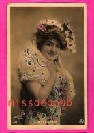 Melle Bonheur - Actrice - Paillettes  - Photo Paul Boyer -1903 Paris - French, Dancer, Actress, Woman, Courtesan - Entertainers