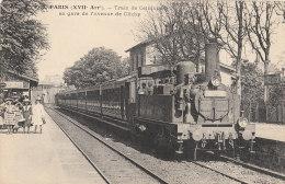 PARIS XVII°  Av De CLICHY  GARE  Gros Plan  TRAIN De CEINTURE Locomotive Chauffeur QUAI Animé - Arrondissement: 17