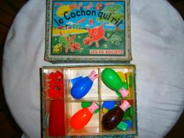 ANCIEN JEU DANS SA BOITE  LE COCHON QUI RIT - Toy Memorabilia