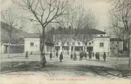 30 ST / SAINT JEAN DU GARD - ECOLES DES GARCONS ( ECOLE - RECREATION - COUR - ELEVES ) - Saint-Jean-du-Gard