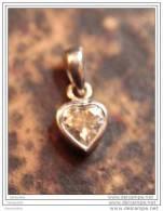 Pendentif Médaille Petit Coeur En Argent 925 1gr Avec Une Pierre (zircon ?) - Silver Pendant - Colgantes