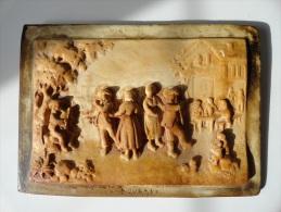 SUPERBE & ANCIEN  TABLEAU REPRESENTANT UNE SCULPTURE( SIGNEE) SUR PIERRE D´AUVERGNE - Unclassified