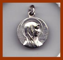 Médaille Religieuse Ancienne ND Notre Dame De Lourdes Catholique Argent Etat TTB - Religion & Esotérisme