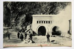 Cpa De L´Entrée Du Tunnel  à ISELLE  Colection Schnabel - Stations - Met Treinen