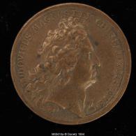 M00410 Louis XIV En Buste (1641 ?) Et Un Hercule Devant Vue De Ville Au Revers, Refonte (?) 26 G - Royal / Of Nobility