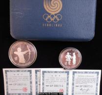 M00474  Jeux Olympiques De Séoul 1988, Médaille Com. 10000 Et 5000 Won, Tir à L´arc Et Enfant Au Revers 33 Et 16 G - Korea, South