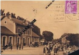 17 FOURAS LA GARE Cliché Rare  Automobile Belle Animation Ramuntcho - Fouras-les-Bains