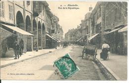 Albertville Rue De La République Un Angle Plié - Albertville