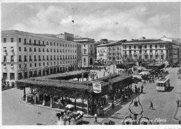 [DC7051] AVELLINO - PIAZZA LIBERTA' - Viaggiata 1957 - Old Postcard - Avellino