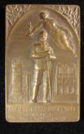 M00669 Société Escrime Paris 1868, Chevalier, Allégorie Et épée Au Revers 72 G. - France