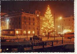 GMUNDEN - Am Traunsee, Rathaus Mit Weihnachtsbeleuchtung - Gmunden
