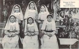 Papouasie-Nouvelle-Guiné E - Groupe De Soeurs Indigènes - Papouasie-Nouvelle-Guinée