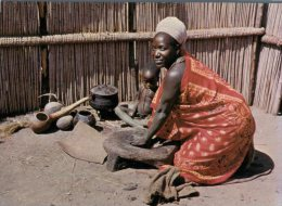 (280) Swaziland Women At Home - Cooking - Swaziland