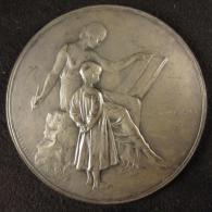M00832 Comité Provincial Des Secours Alimentation Du Brabant 1919 Et Enfant Avec Femme Au Revers Par Devreese, 106 G - Other