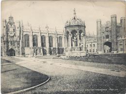 Vue De CAMBRIDGE/ Angleterre/ Fountain Trinity College  /Vers 1920-1930     IM402 - Fiches Illustrées