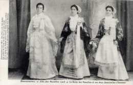 29- DOUARNENEZ-Fêtes Des Mouettes 1908-La Reine,,,et Ses Deux Demoiselles D´honneur - Douarnenez