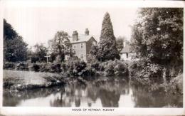 "Old Postcard : ""House Of Retreat, Pleshey"", Hampshire Used 1960 Real Photo - England"