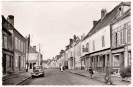 Courville Sur Eure, Rue Carnot (auto Peugeot) - France