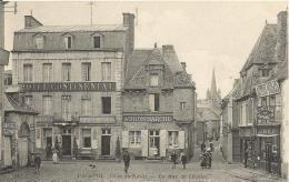 PAIMPOL  -  LA  RUE  DE  L ' EGLISE  /  Hôtel  Continental,  Magasin  Cycles  Et  Armes - Paimpol