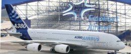 (325) Airbus A380 - Aerei