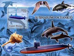 GUINEA BISSAU 2005 MNH** - Submarine, Dolphins, Bird, Shell S/S - Mi B548, YT BF301 - Schelpen