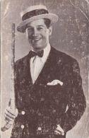 Cp , CÉLÉBRITÉS , CHANTEUR & ACTEUR , Maurice Chevalier - Cantanti E Musicisti