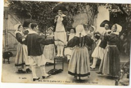 BATZ  - Noce De Paludiers - La Danse. - Batz-sur-Mer (Bourg De B.)