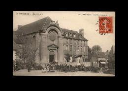 14 - BAYEUX - Gendarmerie - Marché - Bayeux