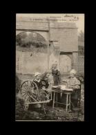 14 - BAYEUX - Belle Série De 8 Cartes - Les Trois Amies Au Rouet - Filandières - Fileuses - Rouet - Bayeux