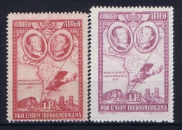 Spain: 1930  Mi 560 A + B MH/*, Left Stamp Has A Pin Hole - Ungebraucht