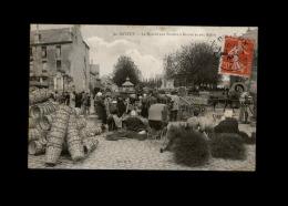 14 - BAYEUX - Le Marché Aux Paniers à Beurre Et Aux Balais - Bayeux
