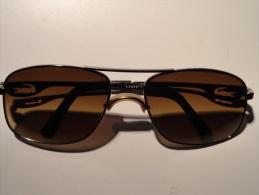 VINTAGE : ANCIENNE PAIRE DE LUNETTES DE SOLEIL  - LACOSTE - - Sun Glasses