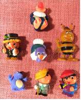 5 Überraschungseier Steckfiguren + 2 Andere Figuren - Steckfiguren