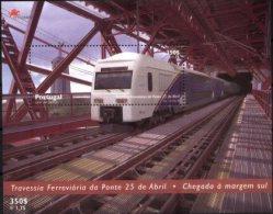 PORTUGAL, 1999, RAILWAY CROSSING THE BRIDGE 25 APRIL, AF#B.219, SS, MNH - Trains