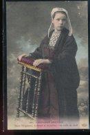 Costumes Bretons -- Saint - Thegonnec , Lampaul Et Guimiliau --- La Coiffe De Deuil - Costumi