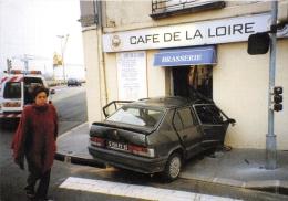 """¤¤  -  NANTES   -  Accident De La Circulation Le 4 Mai 2000  -  Café De La Loire  -  Cliché """" Stéphane PAJOT """" -  ¤¤ - Nantes"""