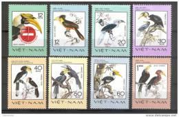 Bird Stamps From Vietnam Rare Birds    1977 MNH - Pájaros
