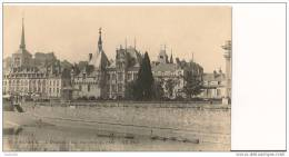 49 - SAUMUR - L´Hôtel De Ville, Vue Prise Du Pont  - Divisé - Non Circulé - ND Phot. - (CPA 124) - Saumur