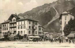 CPA 74 CHAMONIX MONT BLANC AVENUE DE LA GARE ET LE BREVENT 1927 Animée Attelage - Chamonix-Mont-Blanc