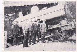 BODMIN RAILWAY -RUNAWAY LOCOMORIVE ON PLATFORD.  REPRINT - Stations With Trains