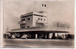 REF 140 : CPA Station Service Pompes Essences CONGO BRAZZAVILLE Ets BARNIER - Brazzaville