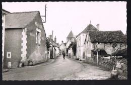 SAINT - MARTIN - LE - BEAU . La Rue Principale . - France