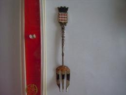 MONACO Armoiries Vintage Souvenir Vork Petite Fourchette Little Fork Augis (ref 18) - Cuillers