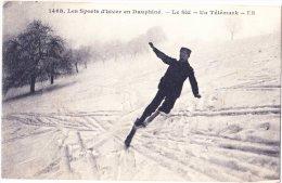 CPA Les Sports D´Hiver En Dauphiné - Le Ski - Un Télémark - Intéressante Animation - Sports D'hiver