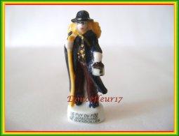 Le Puy Du Fou De 2004... Lot De 3 Feves ...Ref. AFF : 60-2004 ..( Pan 0020) - Regions