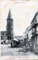 L'Isle-en-Dodon. Place De L'Eglise - France